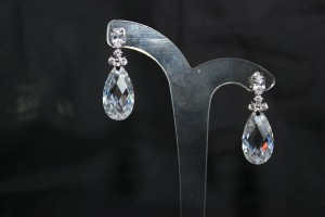 ZE189 crystal drop earrings